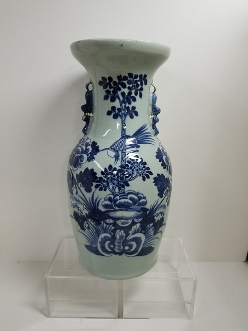 19th Century Chinese Blue and White Porcelain Vase