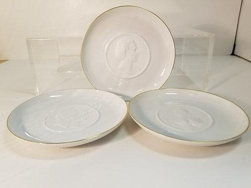 Three Hutschenreuther German porcelain plates