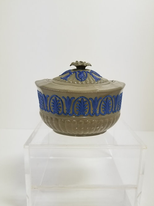 """Antique Wedgwood Drabware Covered Sugar 4.5"""""""