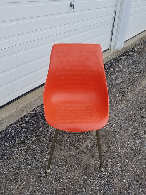 MCM Plastic and metal side chair