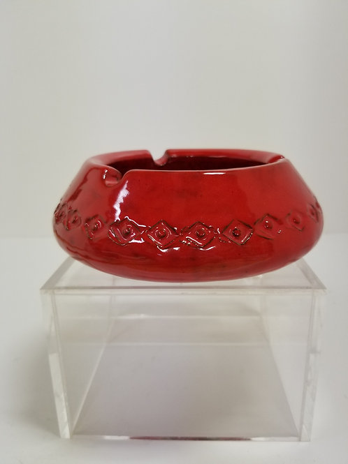 A Pair Of Bitossi Red Glazed Ashtrays Italy 7""