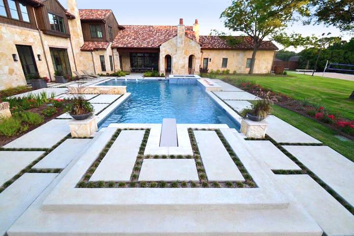 Beautiful pool landscape design by Tom Pritchett