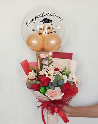 Hand Bouquet Graduation + Bubble