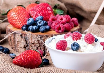 RECETTE : DÉLICIEUX BOWL CAKE FRUITS ROUGES HEALTHY !