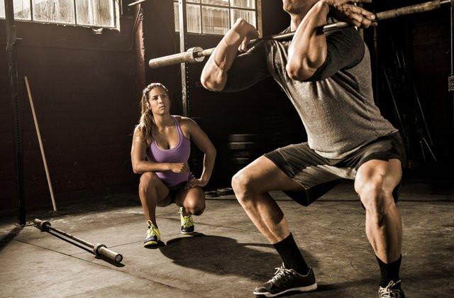 Le coaching sportif de prise de masse musculaire permet de développer les fibres musculaires afin d'épaissir le corps et de lui donner volume et force. Le coaching se fait en studio à bordeaux ou bien à domicile