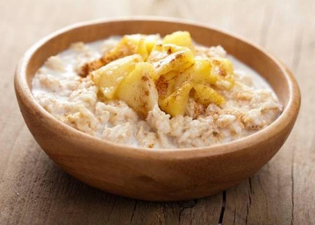 Porridge pomme cannelle.jpg