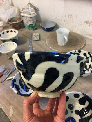 small patterned bowl  Ø. 20cm  stoneware with cobalt