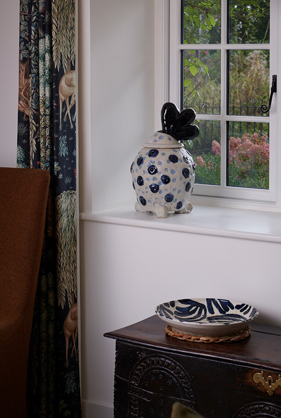 spotty pot with plume  h. 40cm stoneware with cobalt