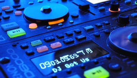 service-Audio-visual-rentals-dj-console-