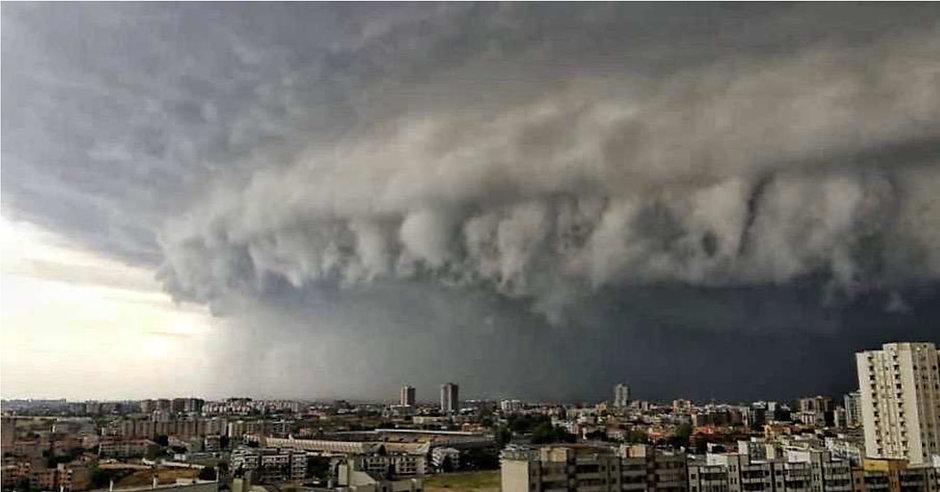 Hurikán v Itálii 10. července 2019 bez nainstalovaného neutrálního filtru DPE100 EMF.