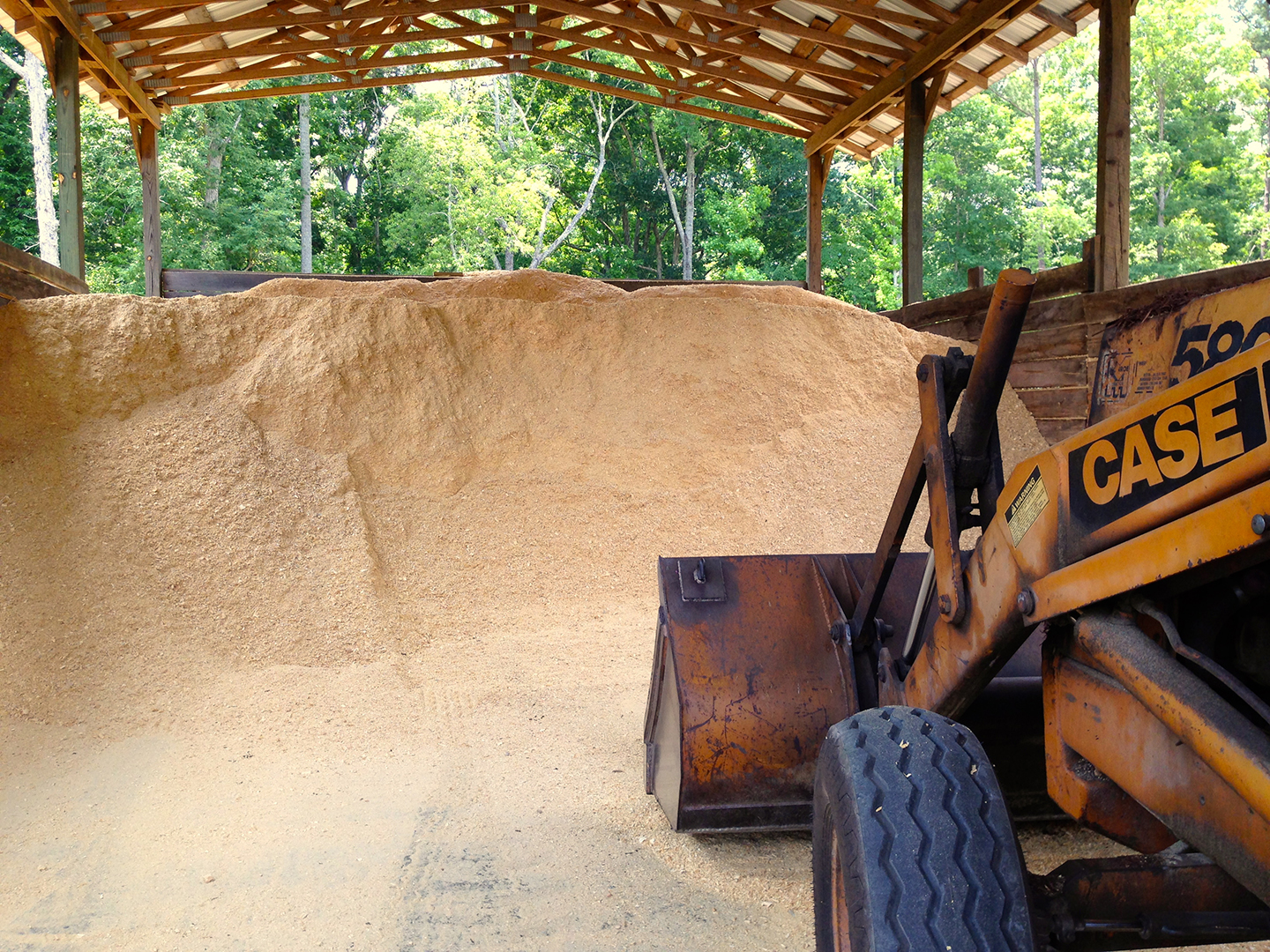 Bulk shavings delivered to your barn