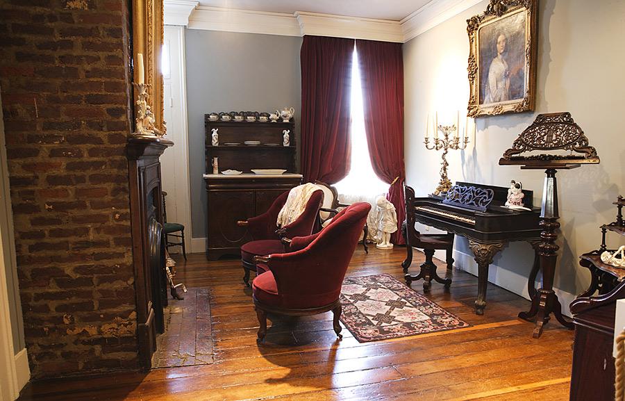 lotz house civil war museum and franklin battlefield walking tours. Black Bedroom Furniture Sets. Home Design Ideas