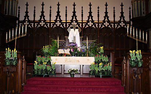 Altar Easter Sunday.jpg