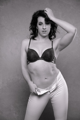 Dee Dancer Bodyshots--4.jpg