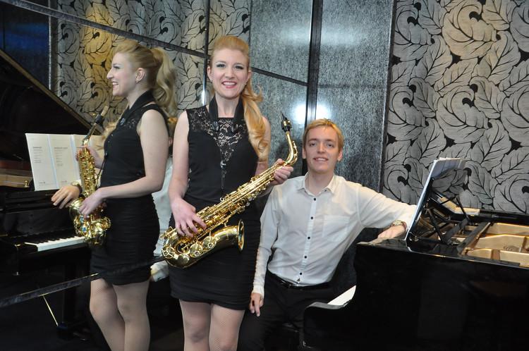 SPARKLE DUO PROMO PHOTO #7 (PIANO & SAX)