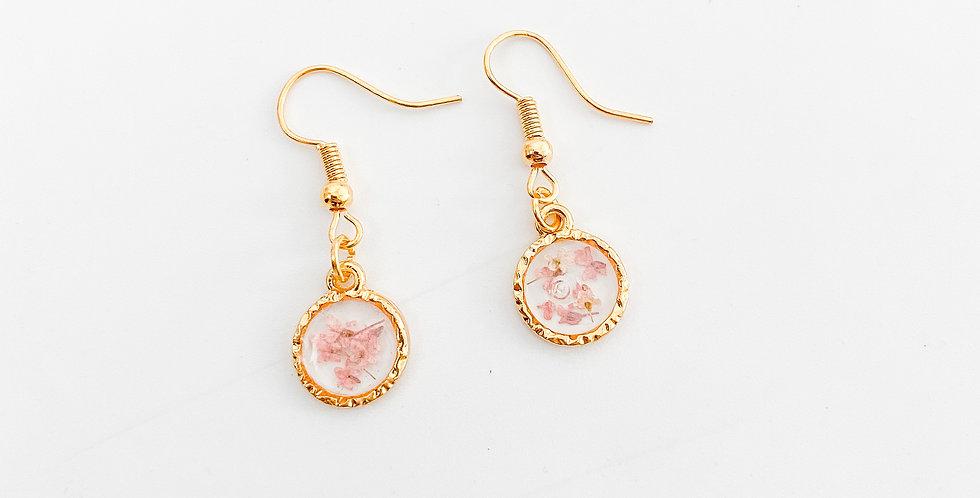 Mini bloemetjes roze oorbellen