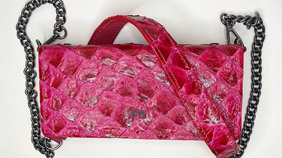 Bolsa Exotic Wallets Pirarucu - Vermelha com metais grafites