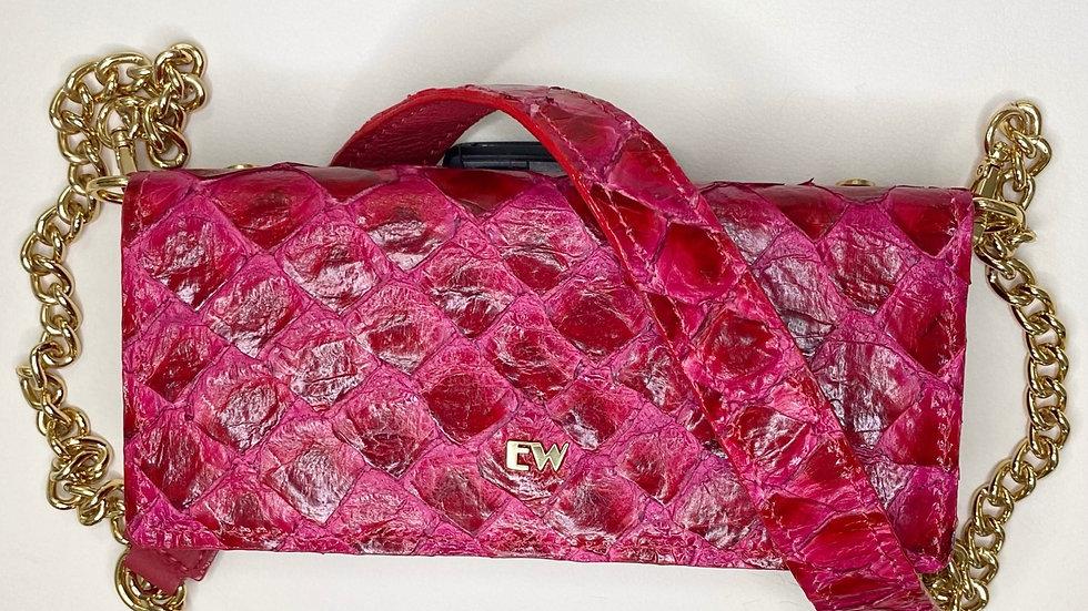 Bolsa Exotic Wallets Pirarucu - Vermelha com metais dourados