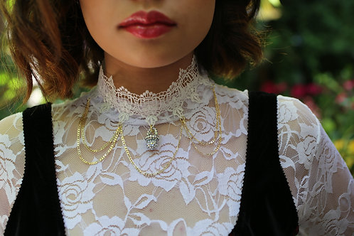 Lace Binky Choker - Available in 2 colors