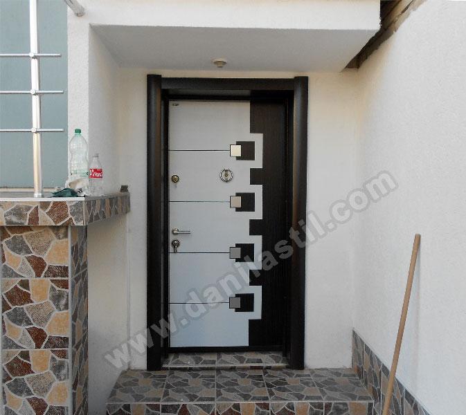 Входна врата модел 6411