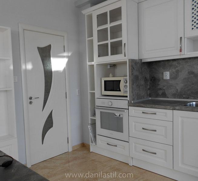вътрешна врата модел 31 в бяло
