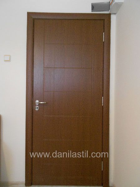 Интериорна врата модел 38 златен дъб