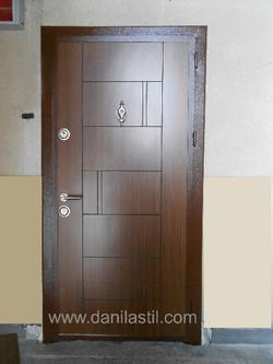 Входна врата R38 златен дъб