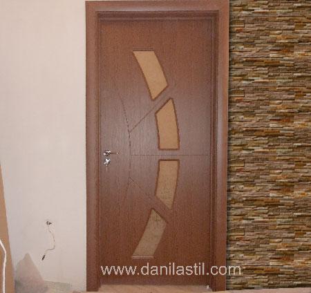 Интериорна врата модел 27 златен дъб