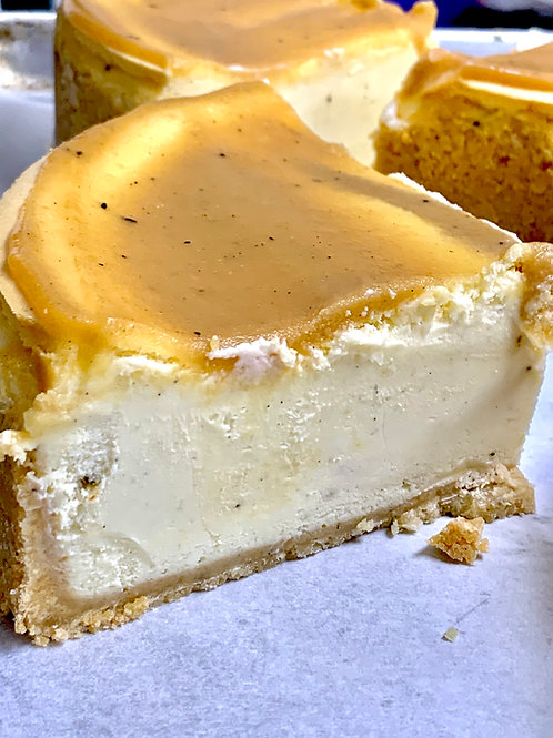 Classic Cheesecakes - 10 Inch Round (10-12 Slices)