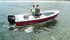 Lancha KRAUSE TR 17 modelo Panga navegando
