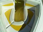 Lancha KRAUSE 195 injetada em espuma de poliuretano, para-brisas de vidro temperado e marco de alumínio, estofamentos personalizados estilo americano. Estaleiro KRAUSE  . KRAUSE Boats