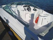 Lancha KRAUSE 235 a maior e mais completa da categoria, chassi injetado em espuma de poliuretano, com mini cabine, toilet, pia externa. Estaleiro KRAUSE. KRAUSE Boats. Joinville