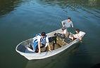 Lancha KRAUSE TR 16 modelo PANGA , o melhor custo beneficio do mercado . Lancha KRAUSE TR 16 maricultura, transporte de pessoas, policiamento, controle ambiental, fogos de artificio, policia, fiscalização, mergulho, pesca, projetos especiais, licitações. Estaleiro KRAUSE  . KRAUSE Boats