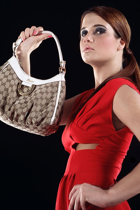 Model Gucci Bag Red