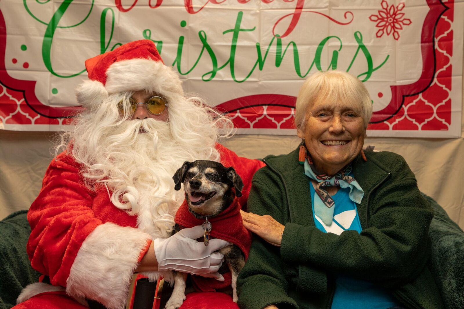 Santa Paws 2019- (21)