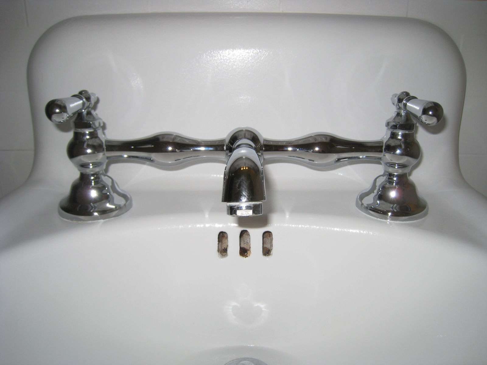 Vintage sink with new fixture