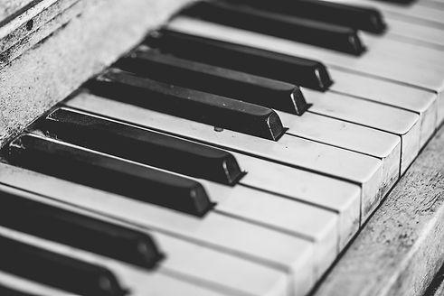 pexels-pixabay-164769_piano.jpg