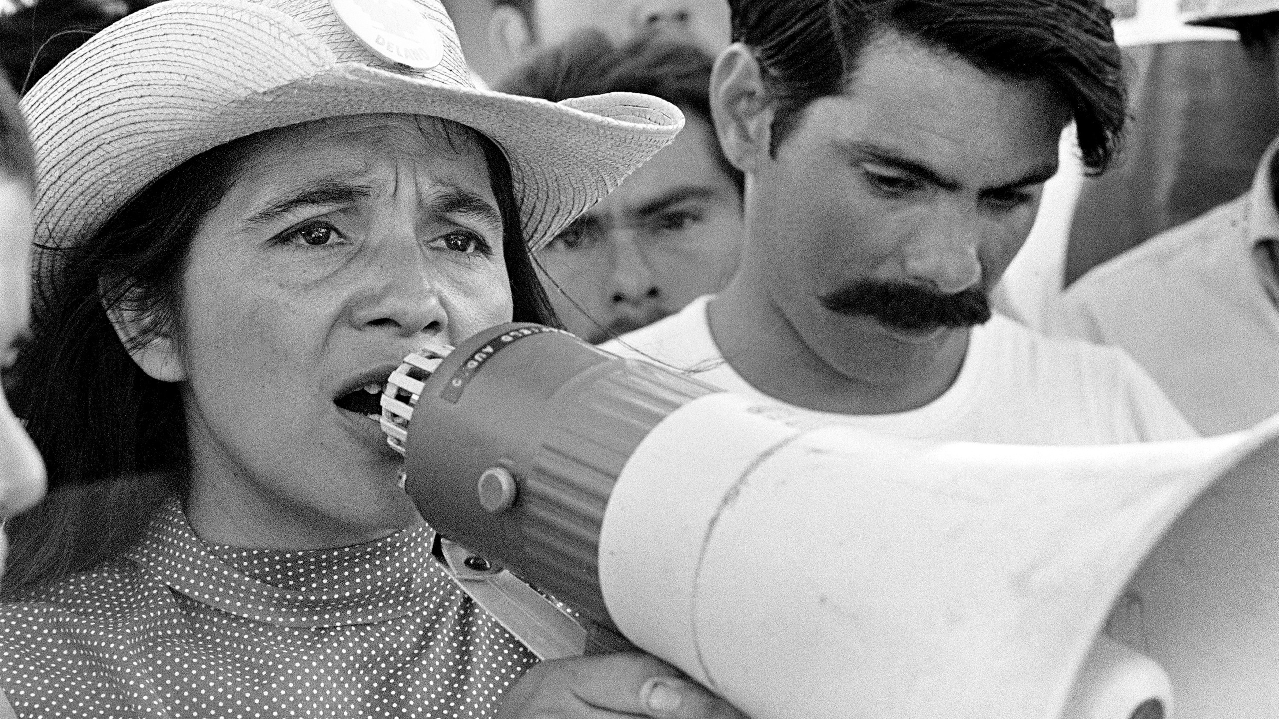 #1_-_United_Farm_Workers_leader_Dolores_Huerta_organizing_marchers_on_the_2nd_day_of_March_Coachella_in_Coachella,_CA_1969._©_1