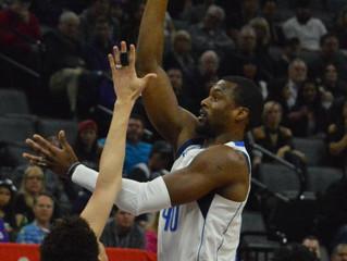 Dallas Mavericks Stop 5-Game Losing Streak, Down Sacramento Kings 106-99
