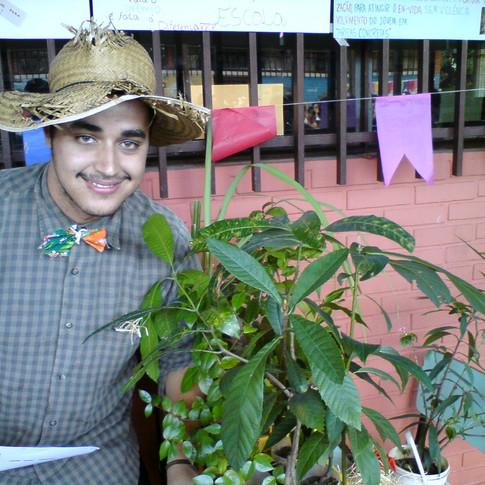 Festa Junina com o Projeto Frutos Morro (UFMG)
