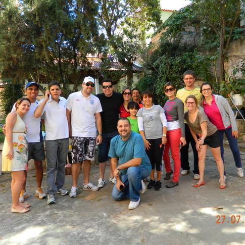 Patrocinadores e colaboradores em ação no Lar Dona Paula