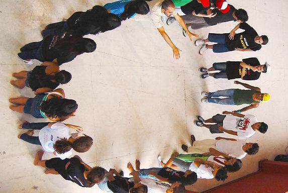 Jovens Empreendedores Sociais_ Young Soc