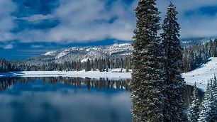 p24-25_winter-lake2.jpg