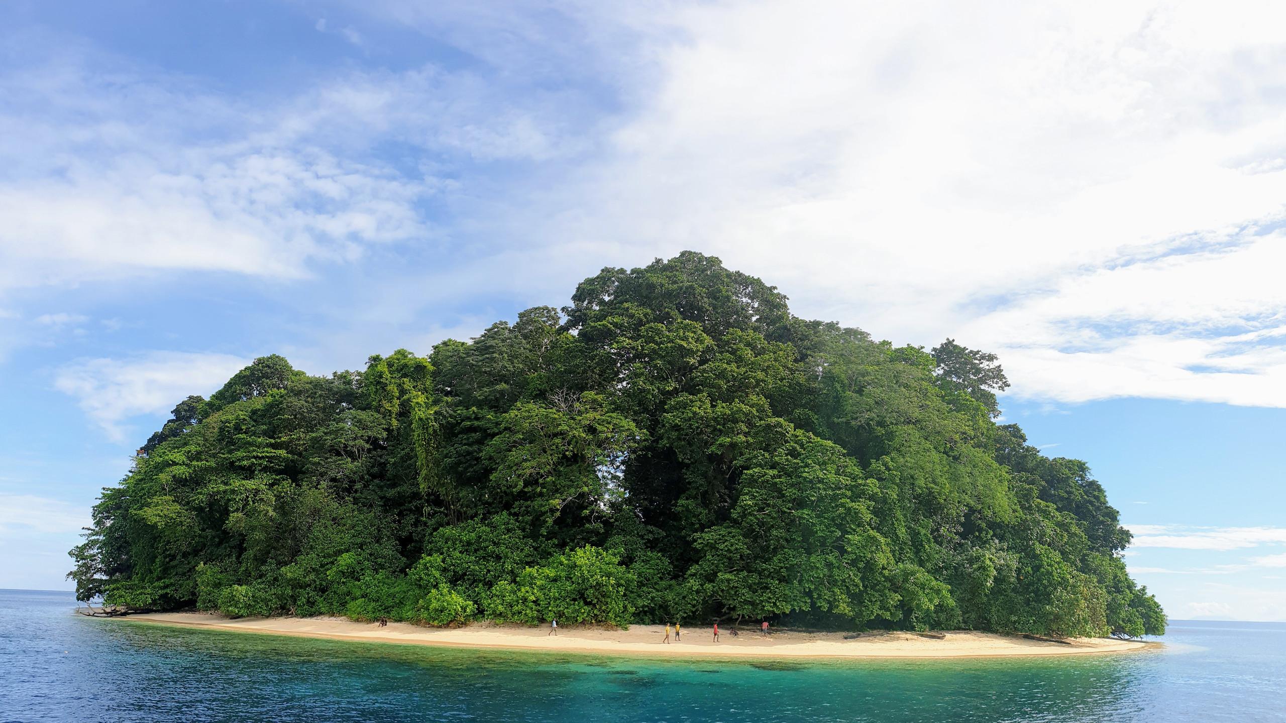 Lilua Islet - Tarobi Islands
