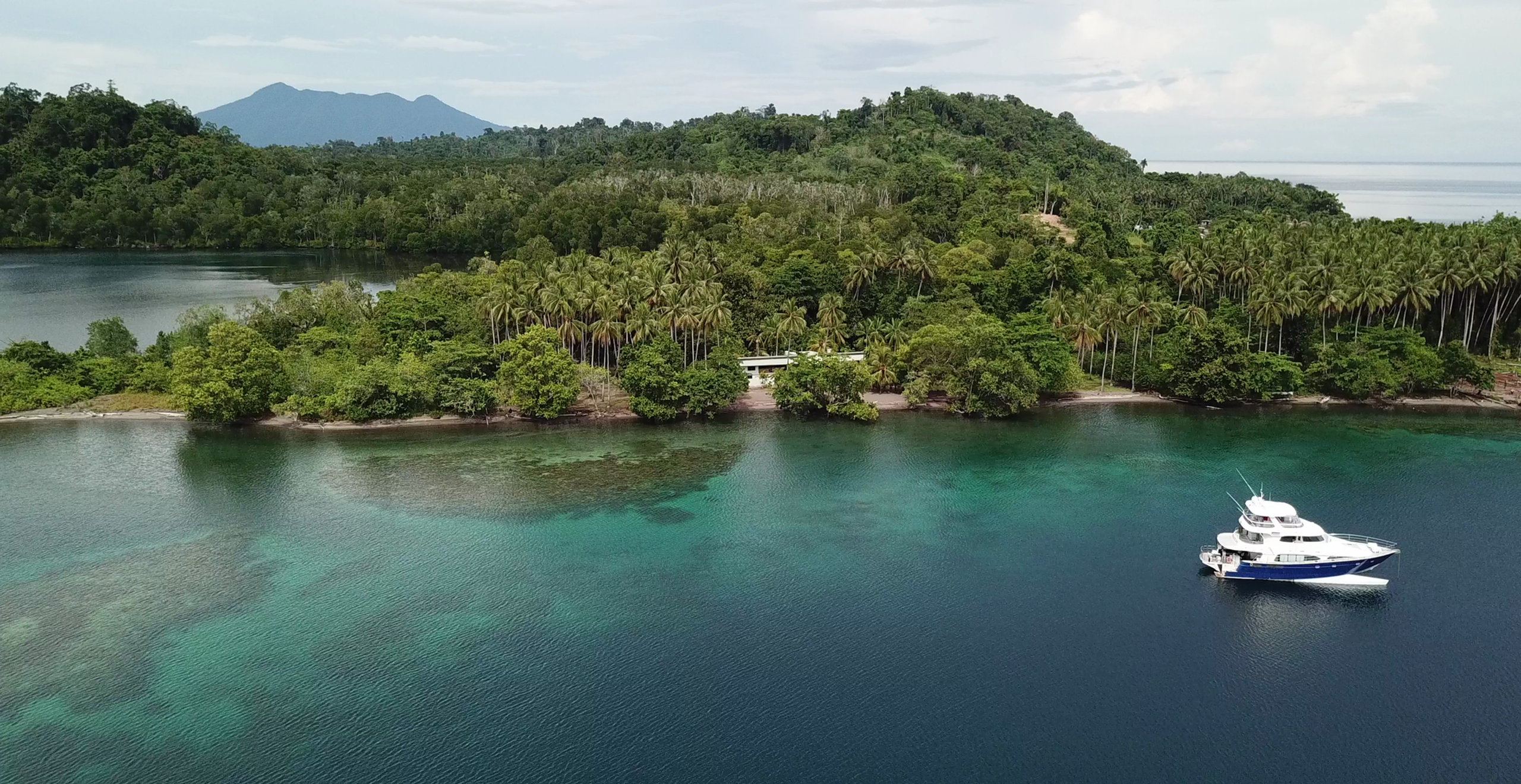 Ultimate One & Baia Sportfishing - Papua New Guinea Fishing & Holidays