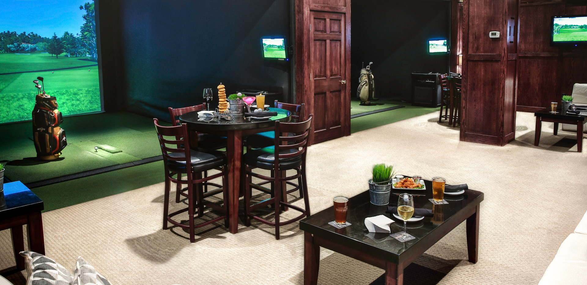 Maggie McFlys Brookfield Indoor Golf.jpg