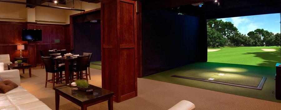 Maggie McFlys Brookfield Indoor Golf Con