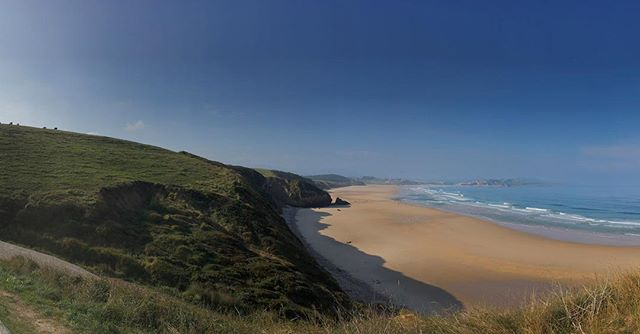 Asturien- green hills, cows, beaches and waves