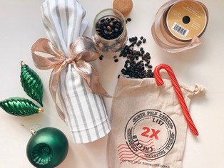 5 easy and thoughtful holiday hostess gifts