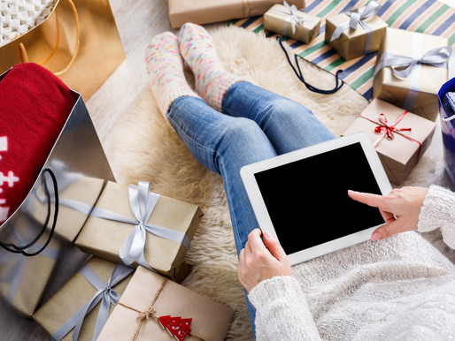 3 Ways to Celebrate Christmas on Your Business Page